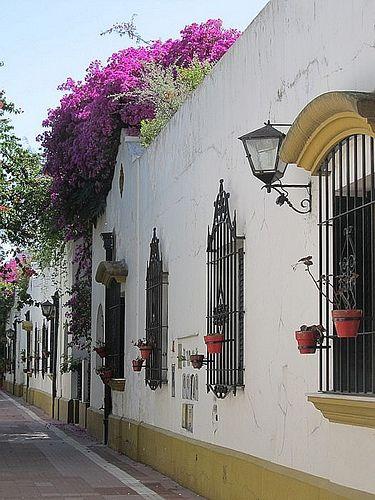 BUENOS AIRES, ARGENTINA, barrio de Belgrano y su Pasaje de Arribeños