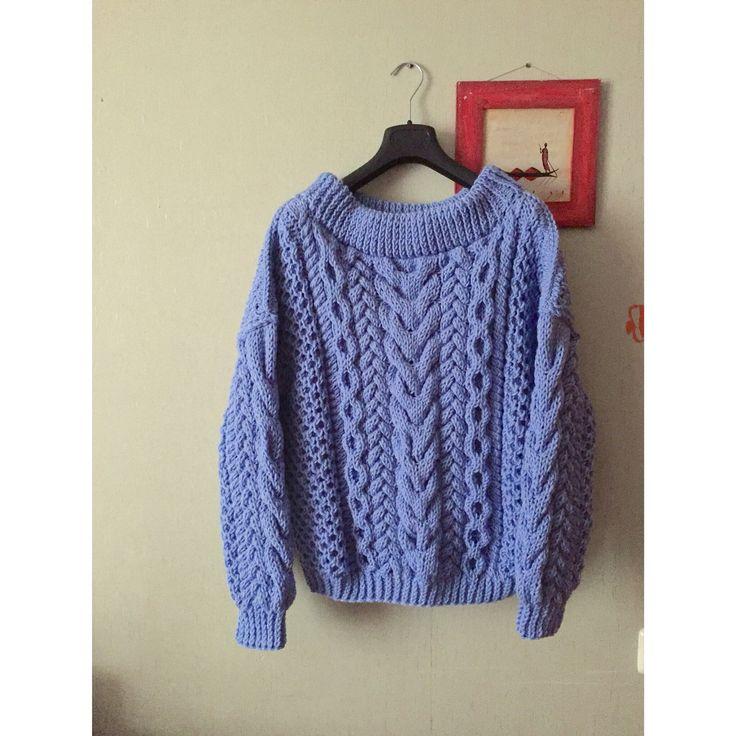Объёмный свитер oversize
