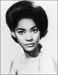 Nancy Wilson! Elegant.