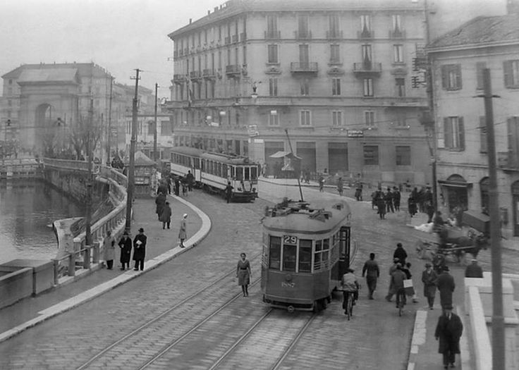 La Darsena di Porta Ticinese, anni '30.