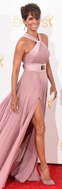 Who made Halle Berry�s pink halter gown that she wore in Los Angeles on August 25, 2014