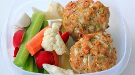 """""""These Turkey Meatloaf Muffins are packed with high-protein ground turkey, fiber-filled oats, lots of veggies, and some egg whites for good measure.""""   //  by cleananddelicious.com"""