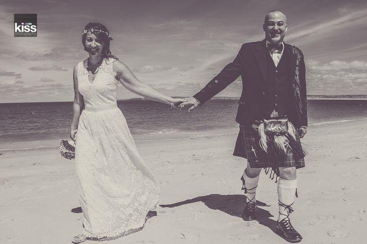 kiss-wedding-photography-beach wedding