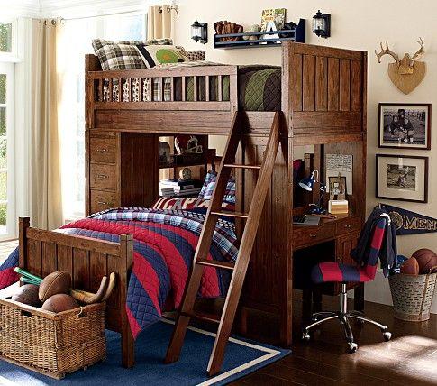 L'esthétique de ces lits superposés n'est pas du tout à mon goût, mais la façon dont sont agencés les lits, avec le bureau sur le côté, est intéressante ! :)