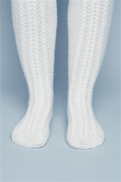 Tema 442: Modell 14a,b (barn/voksen) Knestrømper med fletter #strikk #knit #alpakka