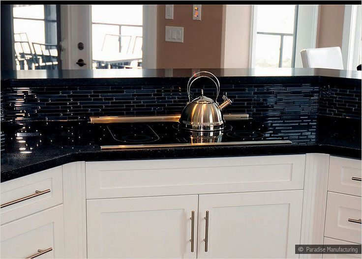 The best Black Glass Tile Backsplash Kitchen from http://kitchentile.info/black-glass-tile-backsplash-kitchen/. Don't forget to pin the picture if you love it. Thank you.