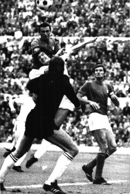 Gigi Riva, l'ultimo gol in nazionale, ottobre 1973 stadio olimpico (Italia-Svizzera 2-0)