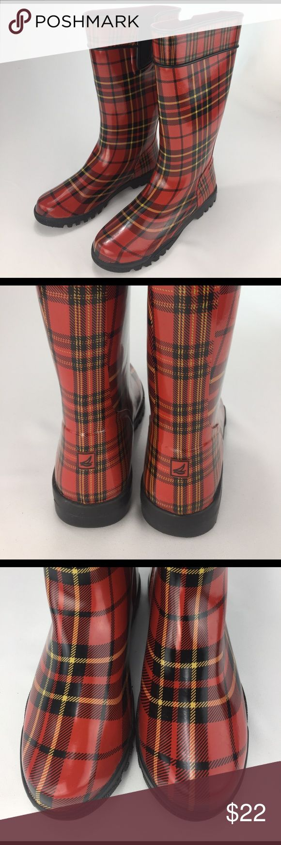 SPERRY TOP-SIDER boots! SPERRY TOP-SIDER boots! Size 9M. EUC. See pics! Sperry Top-Sider Shoes Winter & Rain Boots