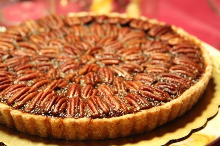 Si te gusta la tarta de nueces, tienes que probar la receta americana de Pecan Pie. Una deliciosa tarta americana de nueces pecanas o pacanas.