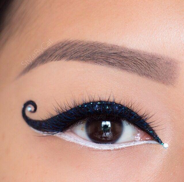 Kat eyeliner