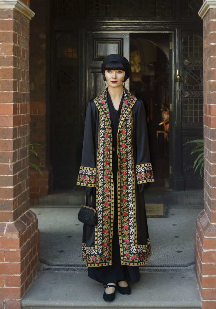Miss Phryne Fisher (Essie Davis) in 'Marked For Murder' (Series 2, Episode 6) -- How did I miss this series? The PBS series is great and the costumes are outstanding.