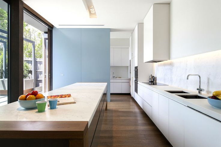The Mullins residence is an existing single storey Victorian home which was extensively renovated and extended over a single level to accommodate a growing