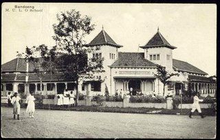 SMP 3 & SMP 5 Bandung, the building itself built in 1913 as Europeesche Lagere School or Elementary School for European people