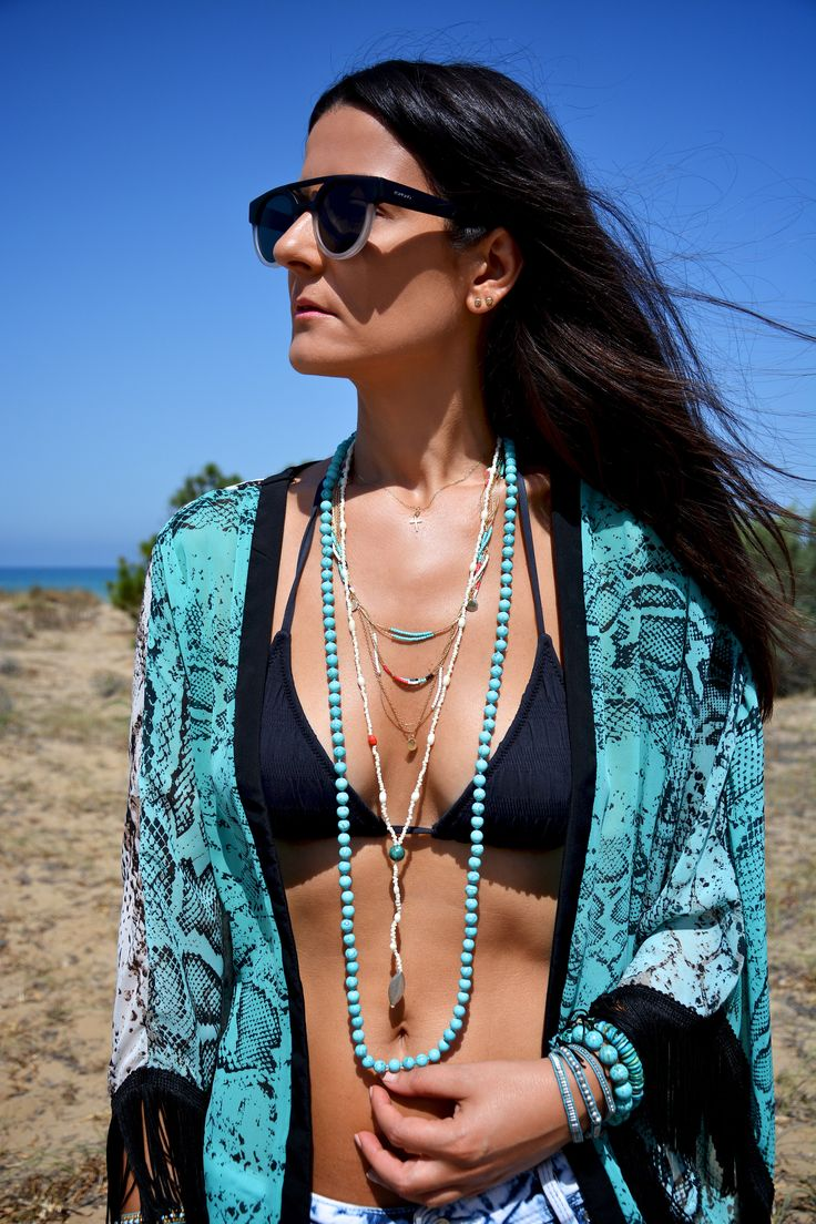 BEACH DAY - More Trends