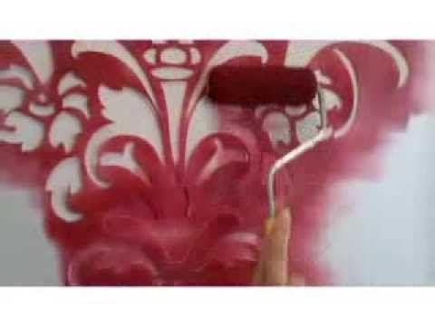 Decora tus paredes con aspecto de papel tapiz o vinilos