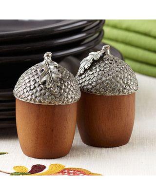 acorn salt and pepper shakers