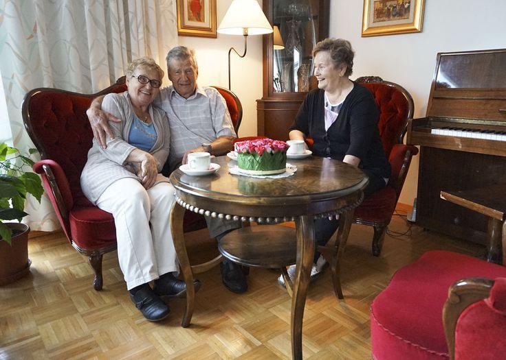Foiben takkahuoneessa tapaa uusia ja vanhoja ystäviä.