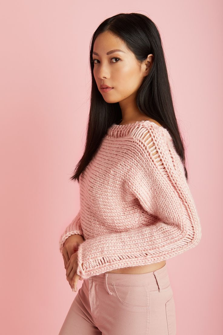 Check out the Best Easy Pink  Wearables Free Patterns  Roundup! You can click the Bolded link or the Photo to get access to the Free Pattern! Get more Knitella Roundups here! Pink Popover (Crochet)   Pink Happens Cardigan (Knit) Cropped Drop Stitch Pullover (Knit) Saugerties Cowl (Crochet) Cedar Hill Pullover (Knit)