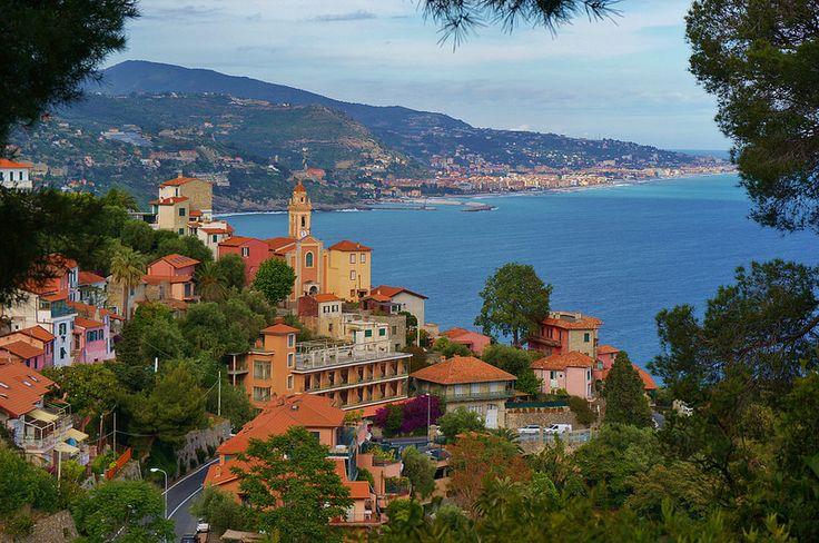 Linda paisagem-  Vintemiglia  - Itália.