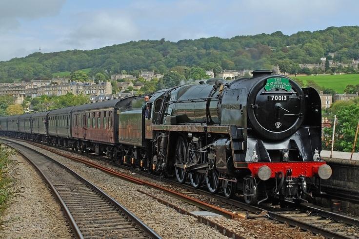 Oliver Cromwell leaving Bath #train #travel