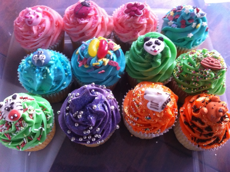 Hey kids! Awesome cupcakes for your party! ;)