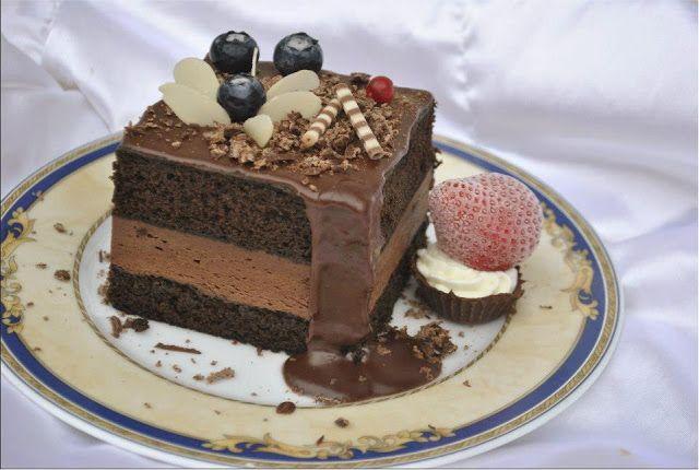 Bucatar maniac si prietenii: Prajitura cu crema de ciocolata