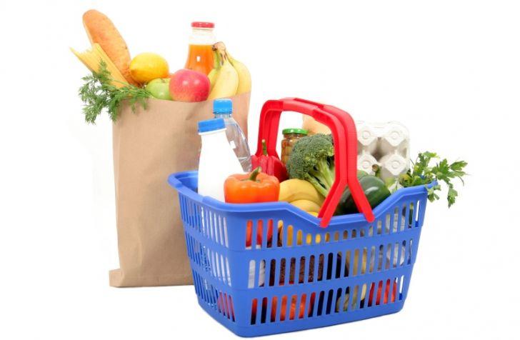 Cosul ce contine necesarul de nutrienti pentru o familie costa 19 lei! - http://stireaexacta.ro/cosul-ce-contine-necesarul-de-nutrienti-pentru-o-familie-costa-19-lei/