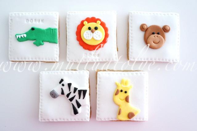 Safari hayvanları kurabiyeler, aslan, timsah, maymun, zebra, zürafa, çocuklar için, erkek, erkek çocuk, hayvanlı, butik kurabiye, kurabiye, zencefilli, tarçınlı, doğal, sağlıklı, katkısız, doğum günü, doğumgünü, yaş günü, 1 yaş