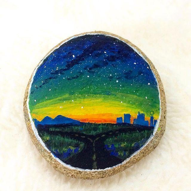 #分かれ道 #分岐点 #夕暮れ #夜空 #星空 #空 #絵 #イラスト #石 #小石 #石ころ #石ころアート #アクリル絵の具 #アクリルガッシュ #ペイント #ハンドメイド #stars #starrynight #starrysky #nightsky #sky #art #painting #acrylic #acrylicpaint #acrylicpainting #stoneart #stonepainting #paintedstone #rockart
