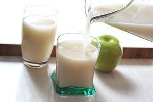 Agua de avena con manzana | Cocina y Comparte | Recetas