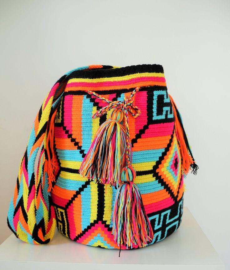 Sac Wayuu Fonseca, fait entièrement à la main en Colombie par les femmes amérindiennes Wayuu