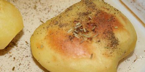 Hvidvinsbagte kartofler