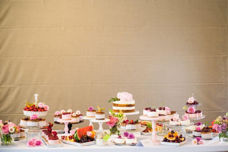 Wedding cake Budapest Naked Cake mini cake  desserttable www.nekedcake.hu