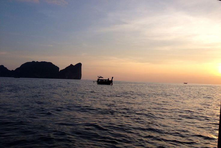 Sunset in Thailand / Phi Phi Island