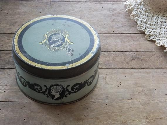 Vintage Face Powder Tin Face Makeup Compact by TreasuredPrimitives
