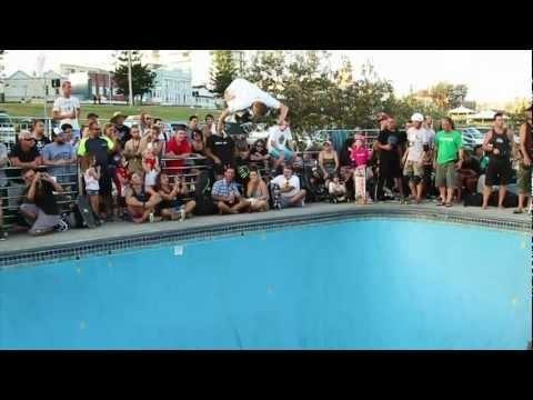 Volcom - Skateboard Rune Glifberg Clip Of The Week