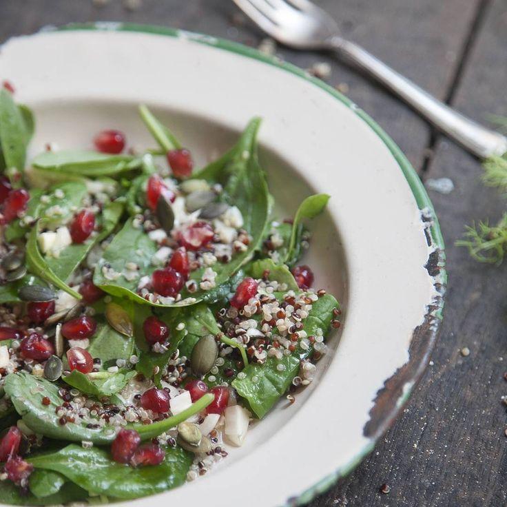 @thenaturalnutritionist Superfood Salad served with leftover Gluten Free Chicken Schnitzel