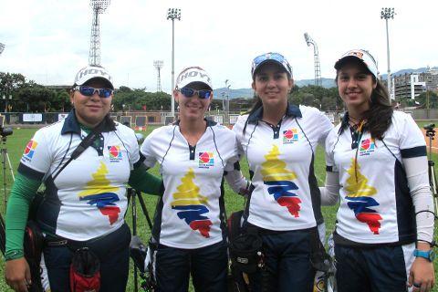 Alejandra Usquiano, Maja Marcen, Sara López y Aura María Bravo.