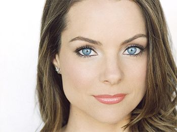 Kimberly Williams - Cool Summer or Clear Summer? I think, maybe more Clear Summer. Typical stunning clear eyes for Clear Summer and dark blonde hair.