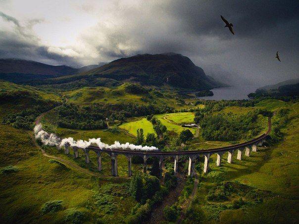 Шотландская железная дорога Виадук Гленфиннан, больше известная миру как Дорога в Хогвартс