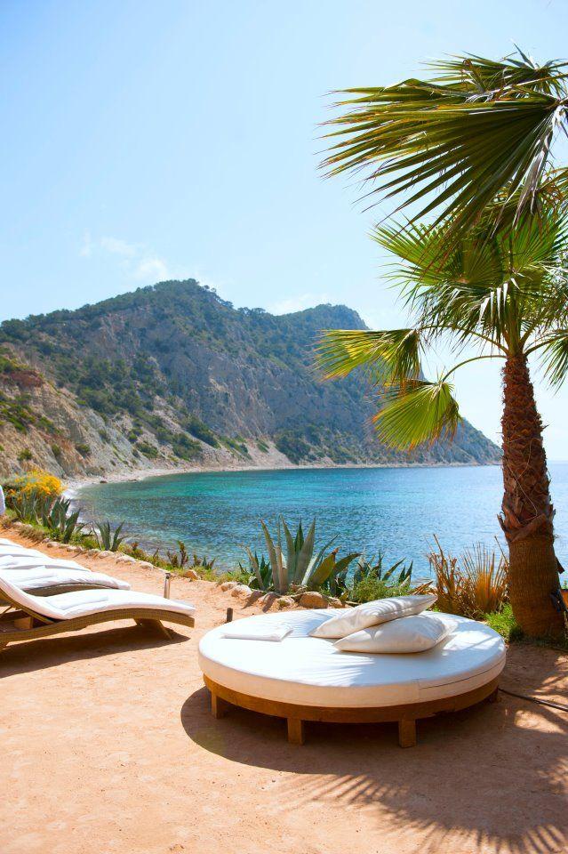 Amante Ibiza Beach Club  ♡ #BohoLover http://amberlair.com