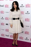 los Independent Spirit Awards 2013: Salma Hayek de blanco y negro