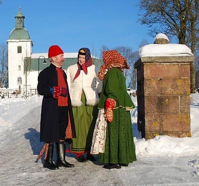 Toarpsdräkt: Föredrag om folkdräkt, Rootsi rahvarõivad Toarpi maakonnast. Folk costume from Toarp county, Sweden. Toarpsdräkten under 100 år, ca 1750 - 1850 Photo by Thomas from toarpsdrakt.blogspot.com