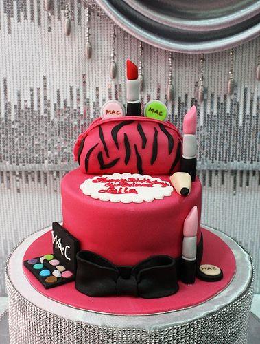 Make Up Purse Cake