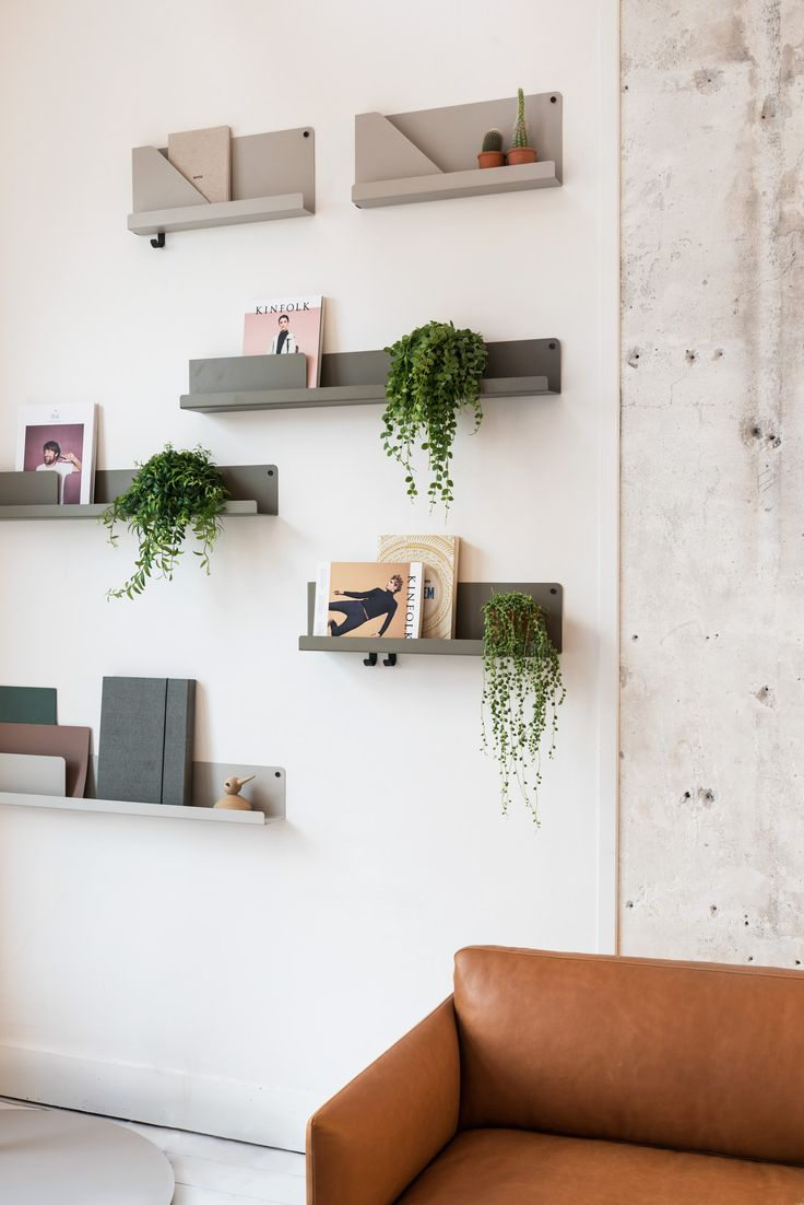 Muuto FOLDED shelves by Johan van Hengel and OUTLINE sofa by Anderssen and Voll at Mobilia Interior in Amsterdam.