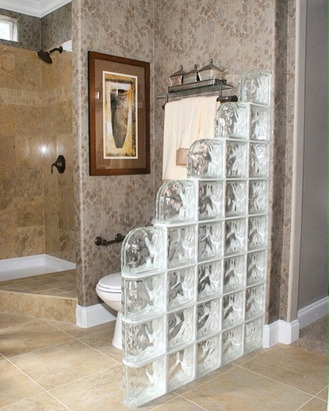 This Step Down Partition Wall Offers Privacy Without Closing You In With The Ends And Double End Bullnose Glass Block Shower Wall Glass Blocks Bathroom Design
