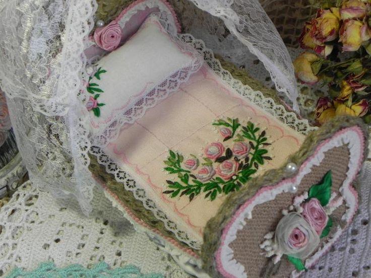 кроватка декоративная