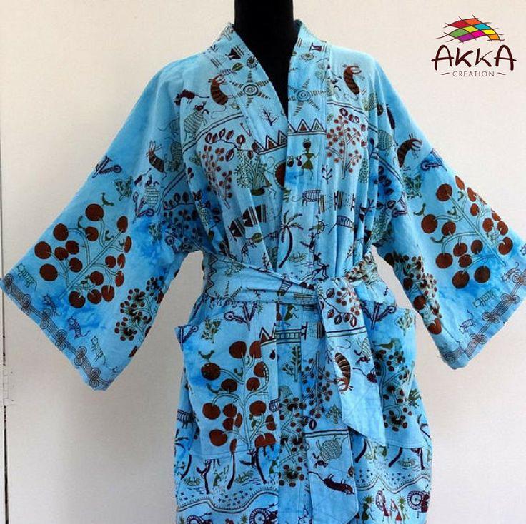 Kimono court homme ou femme en coton bleu turquoise à dessins ethnique.    Robe de chambre courte en coton imprimé ethnique indien.    https://www.etsy.com/listing/543776383/short-kimono-man-or-woman-in-turquoise    #kimono #homme #femme #coton #turquoise #ethnique #robe #chambre #indien #ethicalnewyear2018