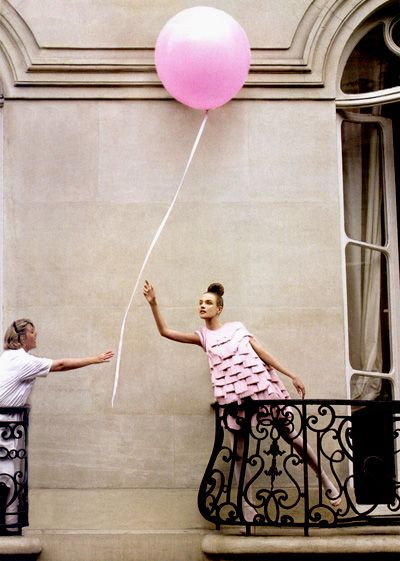 Vogue US: Pink Balloons, Fashion, Inspiration, Style, Editorial, Natalia Vodianova, Pretty, Patrick Demarchelier, Photography