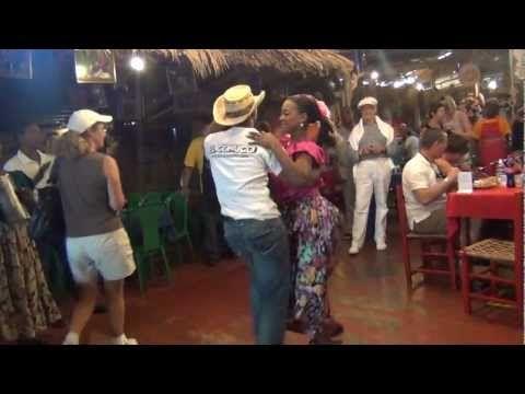 Santo-Domingo (DR) Merengue Dancing (last one)